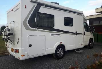 Wohnmobil mieten in Zevenbergen von privat | Weinsberg Weinsberg