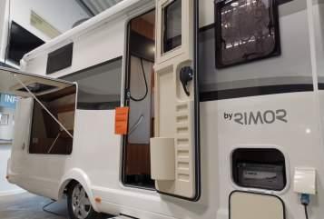 Wohnmobil mieten in München von privat | Rimor Maxi