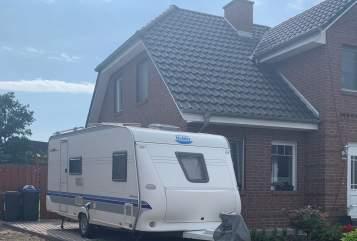 Wohnmobil mieten in Schwarzenbek von privat | Hobby Dickerchen