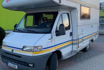 Wohnmobil mieten in Unterhaching von privat | Euro Mobil Sophie