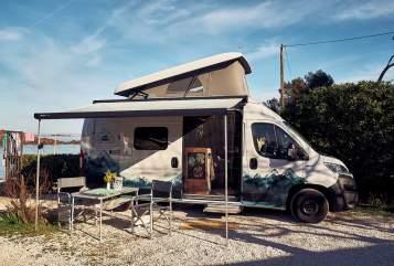 Wohnmobil mieten in Hamburg von privat | Hymercar Traveler