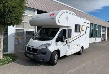 Wohnmobil mieten in Hamburg von privat | Eura Mobil Cozy Camper
