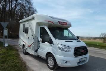 Wohnmobil mieten in Cadolzburg von privat | Challenger FoMo-FordMobil