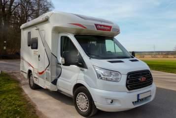 Wohnmobil mieten in Cadolzburg von privat   Challenger FoMo-Optimus