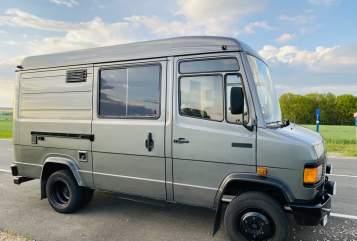Wohnmobil mieten in Glauchau von privat | Daimler-Benz Bettina