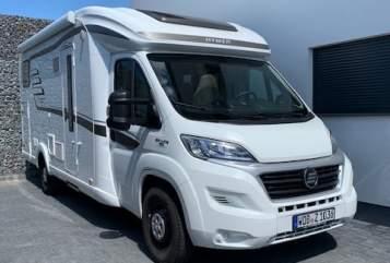 Wohnmobil mieten in Wolfsburg von privat | Hymer Car-Lotta