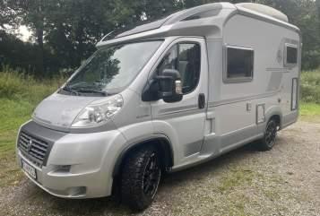 Wohnmobil mieten in Krefeld von privat | Knaus Cozy-Camper