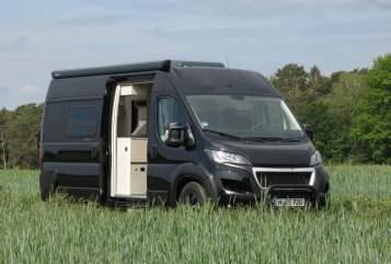 Wohnmobil mieten in Hannover von privat | Tourne Mobil 435 blackventure