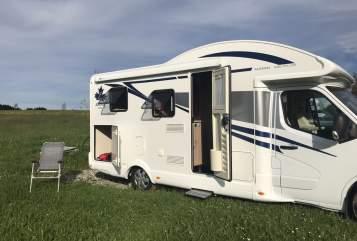 Wohnmobil mieten in Meßkirch von privat | Ahorn Camp Theo