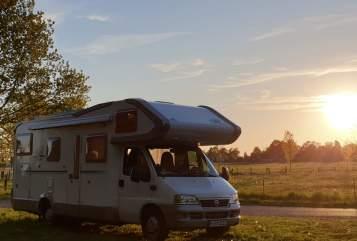 Wohnmobil mieten in Wunstorf von privat | Weinsberg Arnold