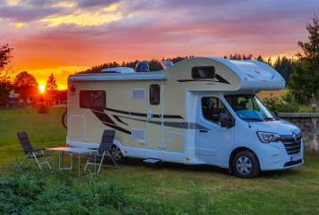 Wohnmobil mieten in Eppelheim von privat | Ahorn Priebe-Camper