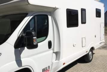 Wohnmobil mieten in München von privat | Bela Bela Camper
