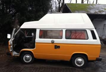 Wohnmobil mieten in Berlin von privat | VW Buzza Buzz