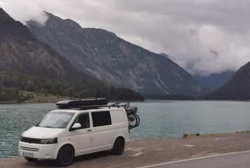 Wohnmobil mieten in Hannover von privat | VW Autarker Camper