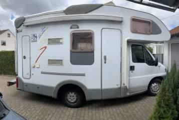 Wohnmobil mieten in Neu-Ulm von privat | Knaus Lilly