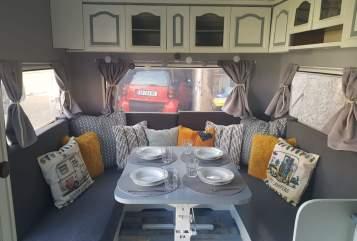 Wohnmobil mieten in Erfurt von privat | Hobby 520 Alte Emma
