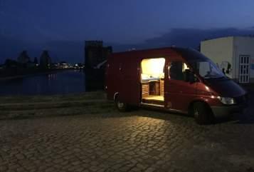 Wohnmobil mieten in Aachen von privat | Mercedes Benz  HerrBert