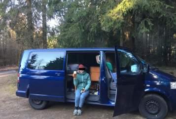 Wohnmobil mieten in Köln von privat | VW Der Blaue Blitz