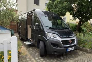 Wohnmobil mieten in Leipzig von privat | Bürstner Rastlos Mobil