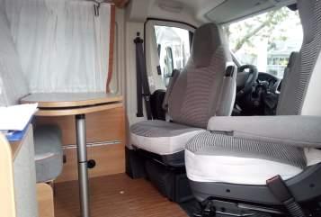 Wohnmobil mieten in München von privat | Pössl Lucky