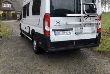 Wohnmobil mieten in Marienheide von privat | Pössl Roadcruiser