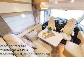 Wohnmobil mieten in Oberhausen von privat | Hymer Edel Premium MB