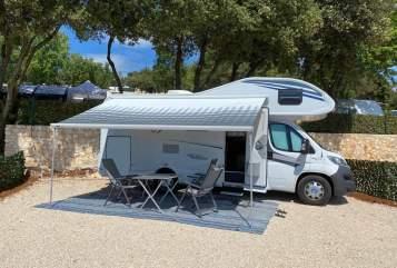 Wohnmobil mieten in Heilsbronn von privat | Knaus Anneliese