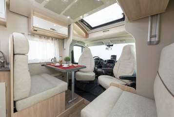 Wohnmobil mieten in Eriskirch von privat | PLA Viktoria