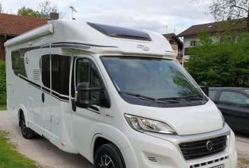 Wohnmobil mieten in Oberaudorf von privat | Carado  Oleg