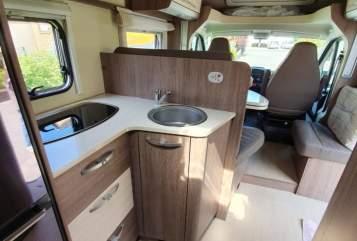 Wohnmobil mieten in Kelsterbach von privat | Bürstner Maui