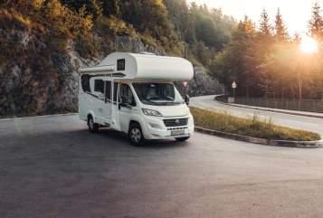 Wohnmobil mieten in Grosselfingen von privat | Dethleffs Glücksmobil Glücksmobil
