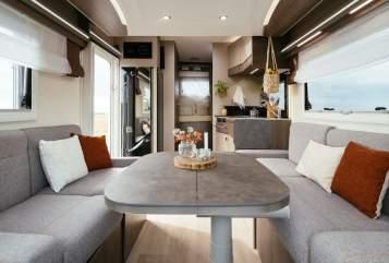 Wohnmobil mieten in Mönchengladbach von privat | Challenger Nils - Lounge