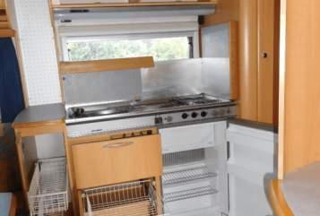 Wohnmobil mieten in Weyhe von privat | Hymer Wohnwagen Weyhe
