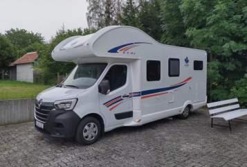 Wohnmobil mieten in Tirpersdorf von privat | Ahorn Ahörnchen
