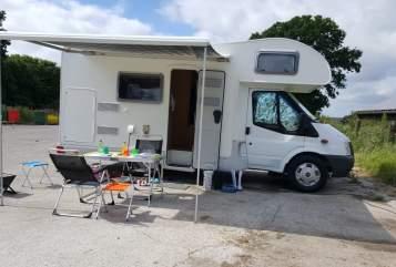 Wohnmobil mieten in Pinneberg von privat   Roller Team Rolli