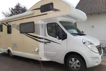 Wohnmobil mieten in Königswinter von privat | Renault Henry