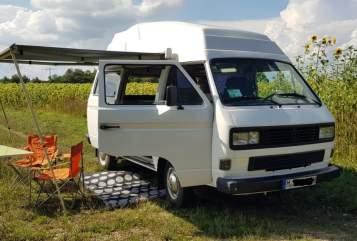 Wohnmobil mieten in München von privat | Volkswagen Bumblebee