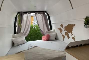 Wohnmobil mieten in Pottenstein von privat | Ford Pippilotta
