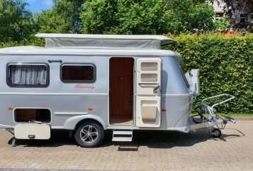 Wohnmobil mieten in Bergisch Gladbach von privat | Hymer Eriba Emilie