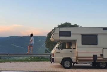 Wohnmobil mieten in Kirchseeon von privat | Mitsubishi  Emma