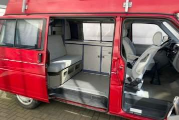 Wohnmobil mieten in Hamburg von privat   Volkswagen  Wolf-2