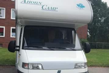 Wohnmobil mieten in Neumünster von privat   Ahorn Camp Abby