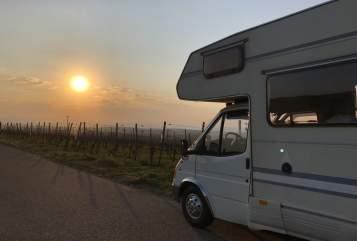 Wohnmobil mieten in Freiburg im Breisgau von privat | Ford The Duke