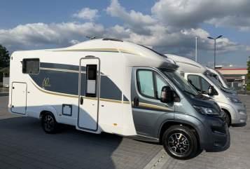 Wohnmobil mieten in Mannheim von privat | Bürstner El Toro