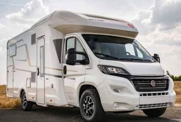 "Wohnmobil mieten in Oberhausen von privat | Eura Mobil ""Supreme"""