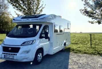 Wohnmobil mieten in Potsdam von privat | Roller Team  Knuschel