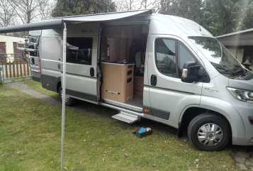 Wohnmobil mieten in Rostock von privat | Adria  SunLiving640SLX