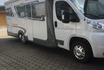 Wohnmobil mieten in Rettenbach von privat | Weinsberg Willy