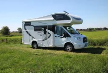Wohnmobil mieten in Hinte von privat | Ford Flash Gordon