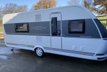 Wohnmobil mieten in Heide von privat | Hobby Hobby 560 WFU